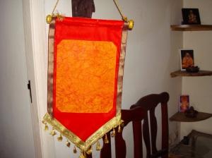 madal-orange