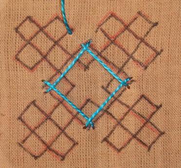 Kutch work tutorial. Woven motif-8 (4/6)
