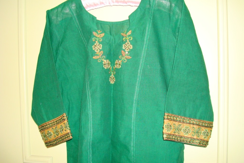 Embroidery, tunic, border pattern, bead work,own design (4/6)