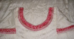 pink-whcr-tunic detail