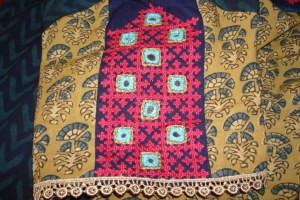 kutchwork on olive green and indigo tunic-sleeves
