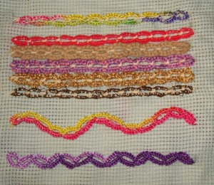 10.104.buttonholed cable chain st sampler1