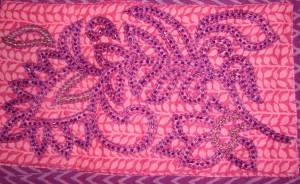 violet beads on pink yk-det2