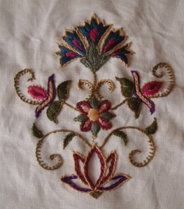 11.embroidered bag
