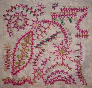 32.126.alternating up and down buttonhole stitch