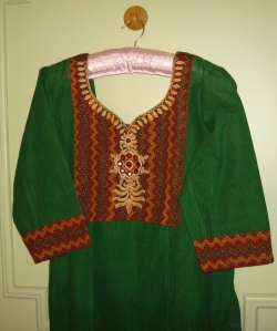 green zigzag border tunic