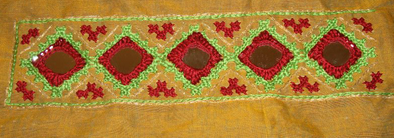 Kutch and mirror work on maroon striped tunic (6/6)